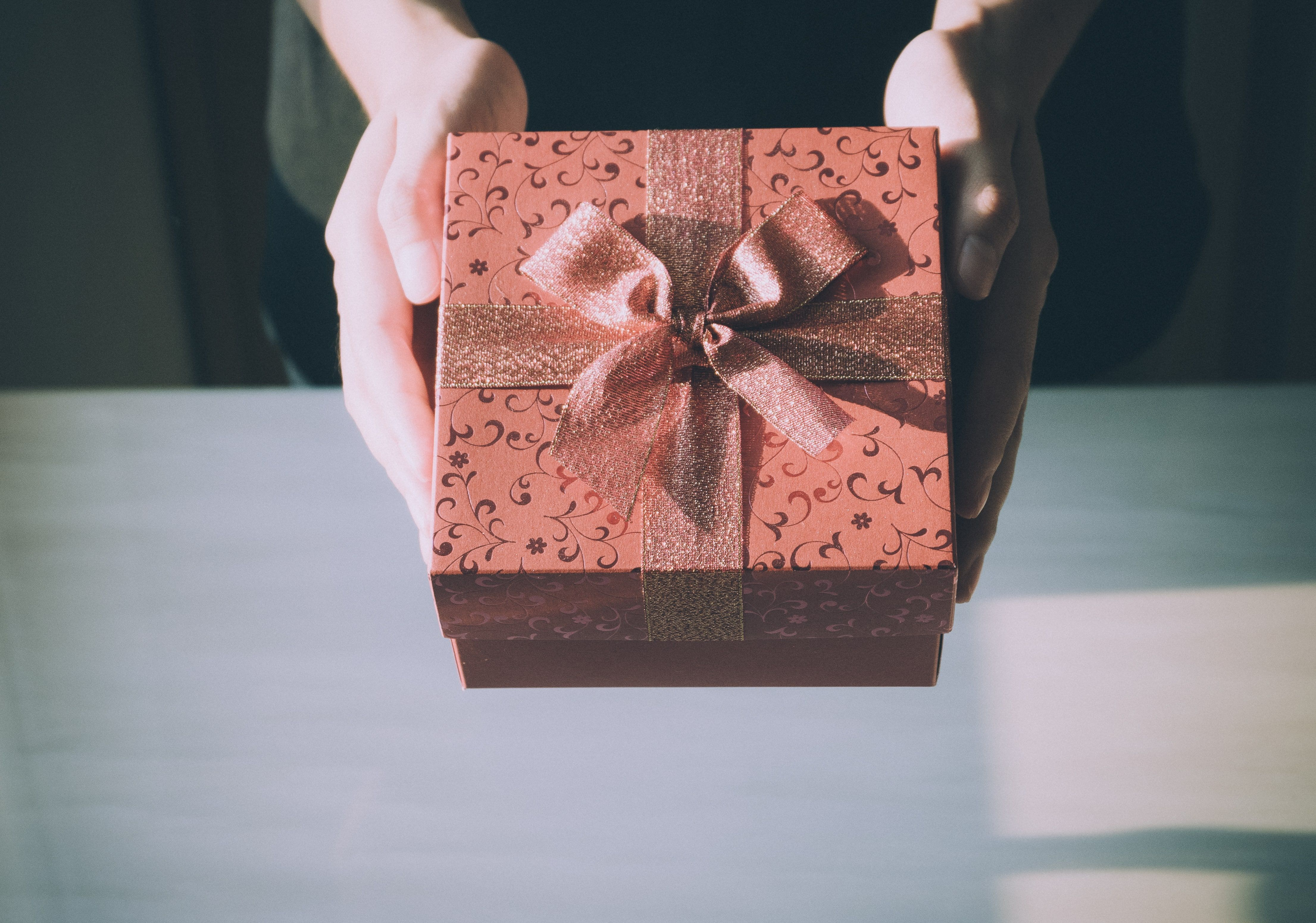 The Best Gift Ideas For Your Girlfriend 2018